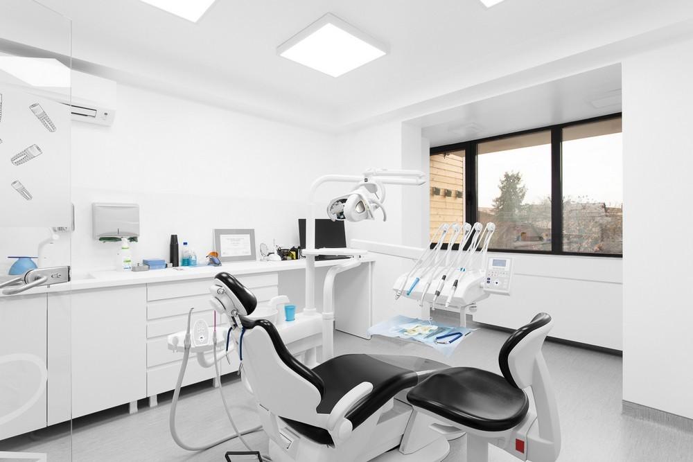 stomatolog baia mare, dentify baia mare, extractie dentara baia mare