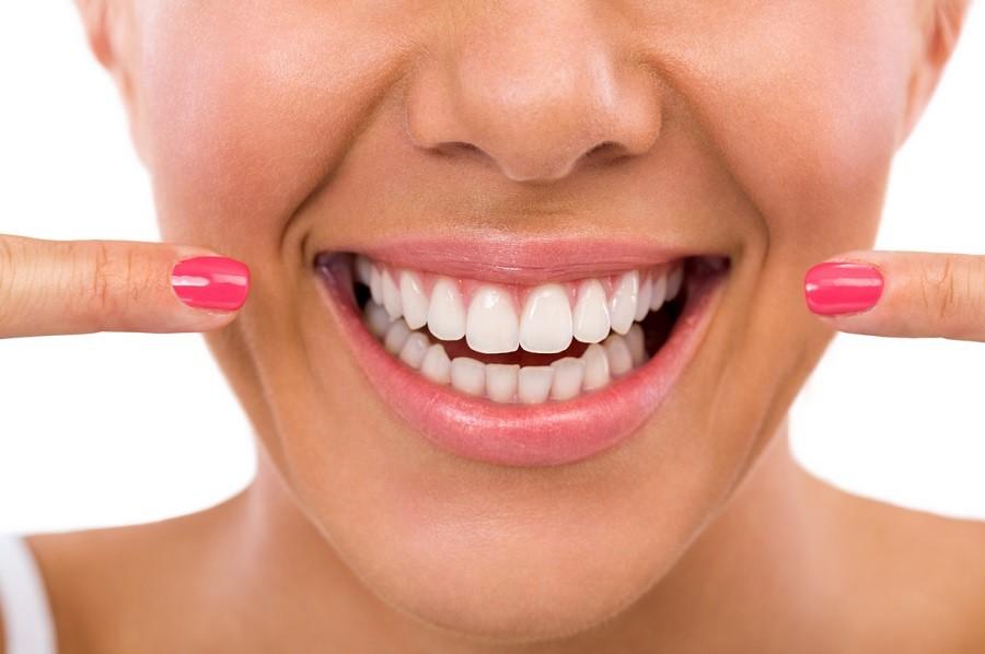 implant dentar total